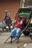Rickshaw Wallah Takes a Rest — Stock Photo