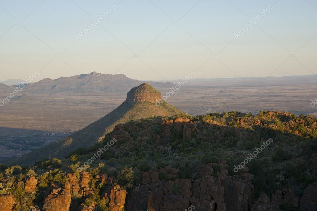 Valley of Desolation in Camdeboo National Park near Graaff-Reinet in the Eastern Cape of South Africa — Stock Photo #10302571