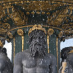 Artistic Parisien Fountain — Stock Photo #8001760