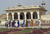Indian Tourists at the Red Fort in Agra — Stock Photo