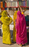 Colorful Indian Shoppers — Stock Photo