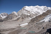 Orörda himalaya bergen — Stockfoto