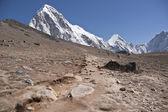 在喜马拉雅山中的路径 — 图库照片
