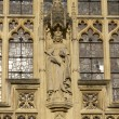 Постер, плакат: Statue on Bath Abbey