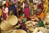 Zatłoczonym rynku indyjskiego — Zdjęcie stockowe
