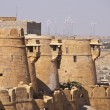 Ancient stone ramparts of Jaisalmer Fort — Stock Photo