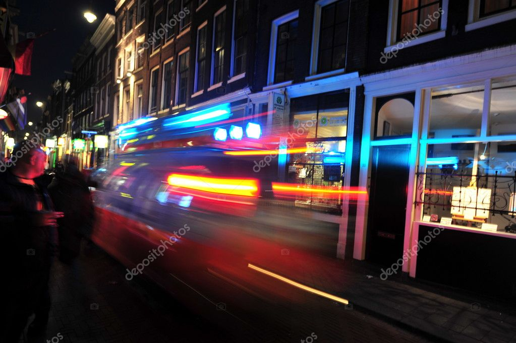 Nightlife in Amsterdam. Emergency. Ambulance. — Stock Photo #10489749