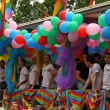 Gay Choir on Parade in Paris — Stockfoto