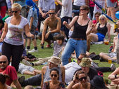 Dancing Audience — Stock Photo