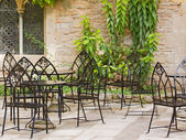 Courtyard Dining — Stock Photo