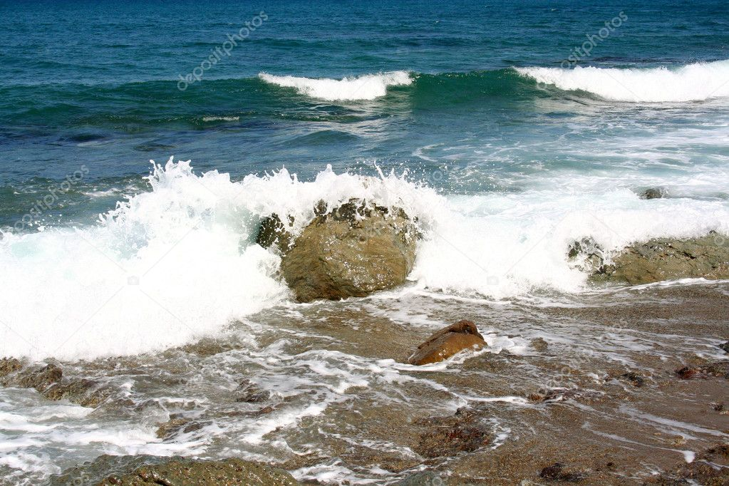 Beautiful sea surf. — Stock Photo #10538433