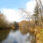 podzimní říční krajina 1 — Stock fotografie