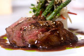 Gourmet fillet mignon steak — 图库照片