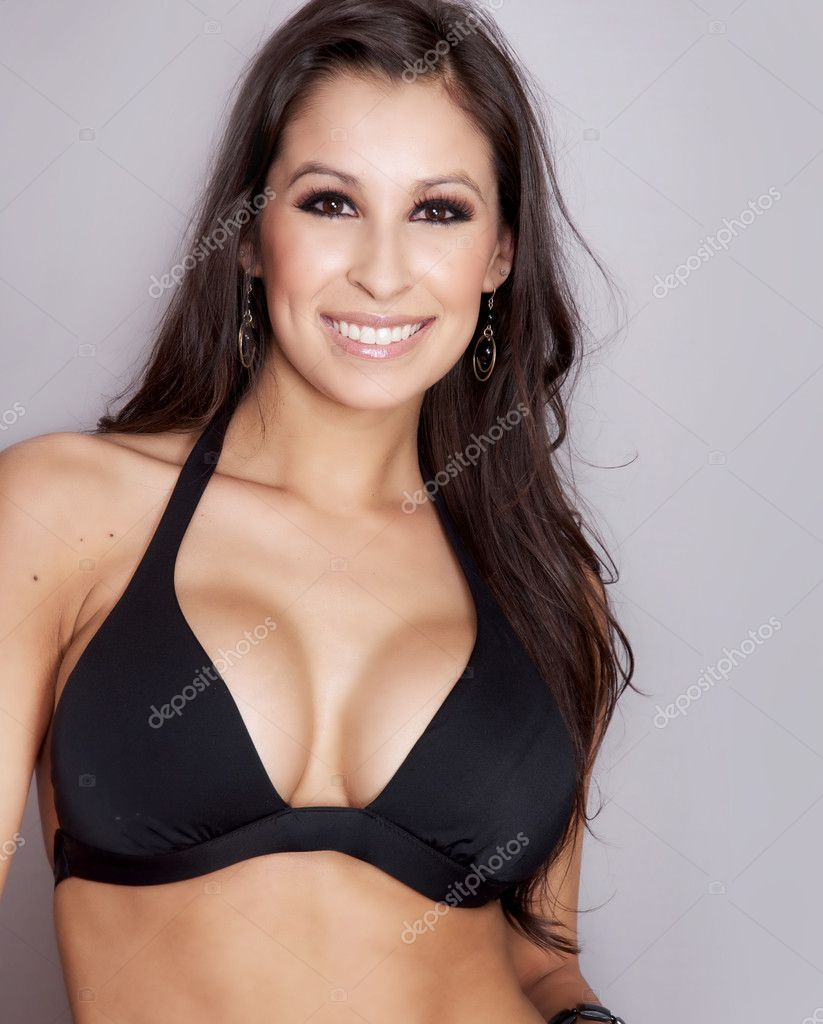 Beautiful fit young woman — Stock Photo #8791612