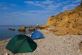 Turystyczne camp na plaży — Zdjęcie stockowe