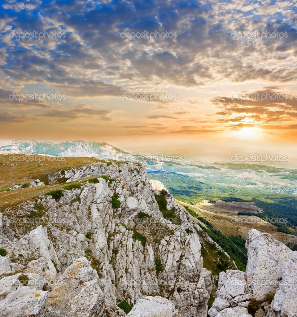 Mountain precipice at the sunset — Stock Photo #7981030