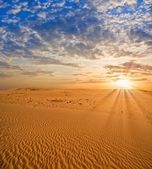 Sunset in a desert — Stock Photo