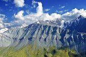 величественные горы — Стоковое фото