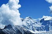 Majestic mountains — Stock Photo