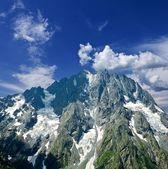 Büyük kayalık dağ — Stok fotoğraf