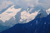 Insnöade peak — Stockfoto