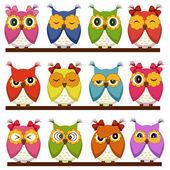 さまざまな感情を持つ 12 のフクロウのセット — ストックベクタ
