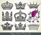 Unique ornamental heraldic crown — Stock Vector