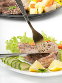 Steak with vegetables — Stockfoto