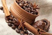 Coffee grains, chocolate and wood nut — Stock Photo