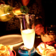 Bubbly glass of champagne — Stockfoto