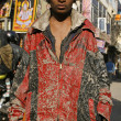 Young beggar boy in paharganj delhi, india — Stock Photo