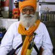 Old sikh man inside gurudwara, delhi, india — Stock Photo