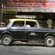 Taxi awaiting passenger, mumbai, india — Stock Photo