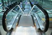 Escalator going down — Stock Photo