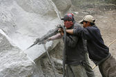 Road construction workers preparing for dynamiting, annapurna, nepal — Foto Stock