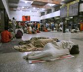 Waiting at train station, delhi, india — Stock Photo