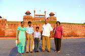 Family in front of fort — Stock Photo