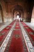 Carpets in corridor, Jama Masjid, Delhi, India — Stock Photo
