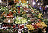 Fruit market at night, taksim, istanbul, turkey — Stock Photo