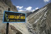 Landslide prone area on annapurna circuit, nepal — Stock Photo