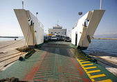Car ferry boat in Croatia linking the islands to mainland — Stock Photo