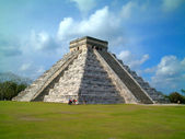 Chichenitza temple, mexico — Stock Photo