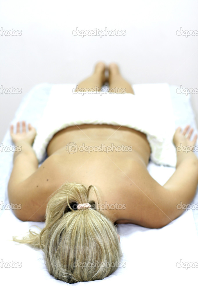 Young woman getting chinese medicine treatment — Stock Photo #8044305
