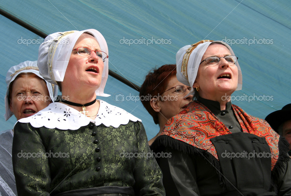 Traditional singing and dancing in correze, france  Stock Photo #8044988