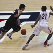 A Defensive Move by Arizona Wildcat Kyle Fogg — Stock Photo