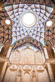 Beautiful decorated Dome of Khan-e Borujerdi historic house, Kashan, Iran — Stock Photo
