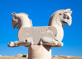 Two-headed Griffin statue in an ancient city of Persepolis — Stock Photo