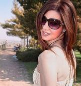 豪華な若い女性 — ストック写真