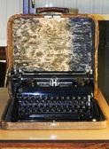 Portable typewriter — Stock Photo