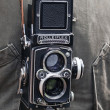 Close up of photographer with an old rolleiflex — Stock Photo